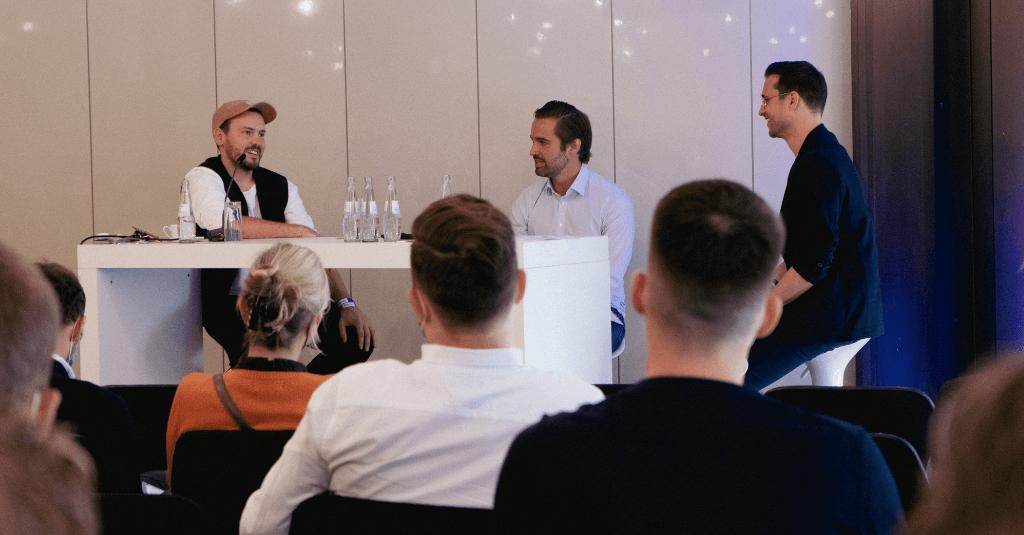 Kickbase Live-Podcast beim SPOBIS 2021